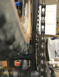 A view of the 650B X 47mm rear tire clearance