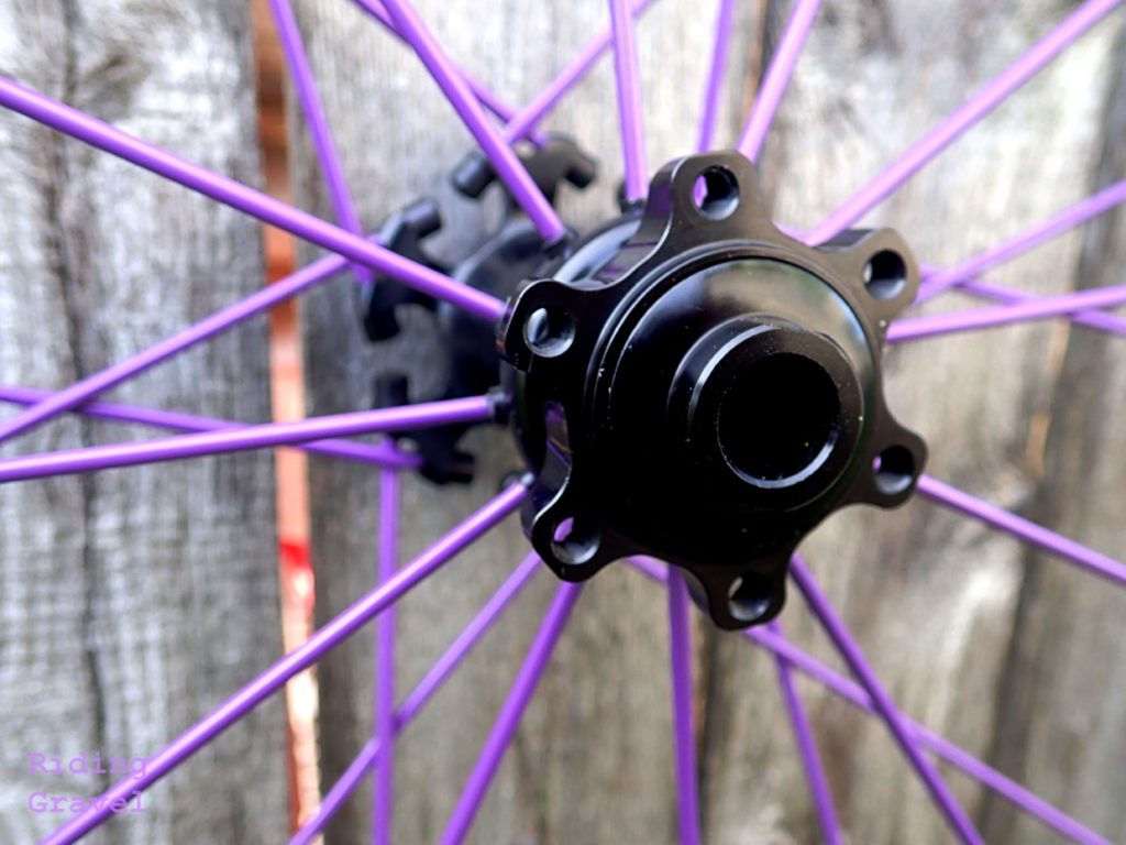 Spinergy hub and PBO fiber spokes